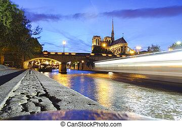 Notre Dame de Paris in the evening, Paris, France