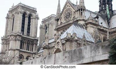 Notre Dame de Paris, view from Siene river