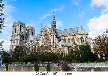 notre paniusia katedra, francja paryża