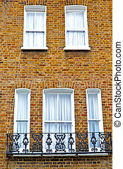 notting hill area in london and brick