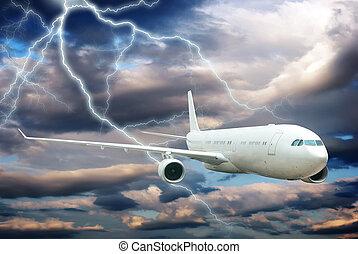 noturna, aeronave, voando, céu, relampago