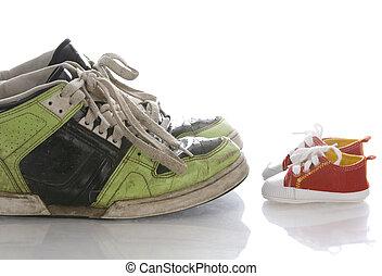 nourrisson, vieux, chaussures, grand, bébé, nouveau, ou