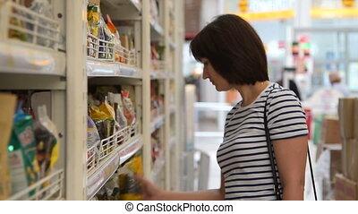 nourriture, épicerie, femme, achat