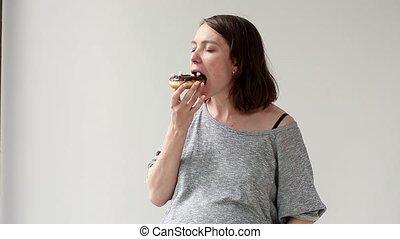 nourriture, jonque, femme mange, pregnant