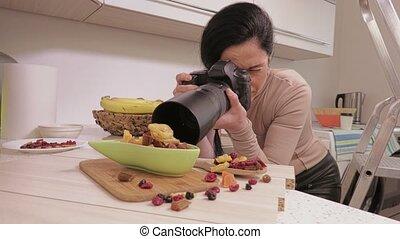 nourriture, photographe, femme, prendre, images