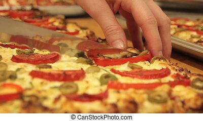 nous, couteau, pizza