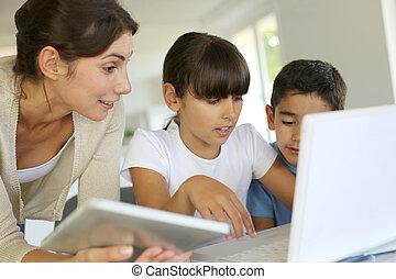 nouveau, école, education, technologies