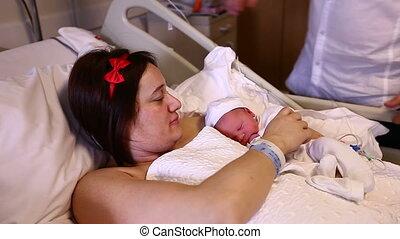 nouveau né, mère