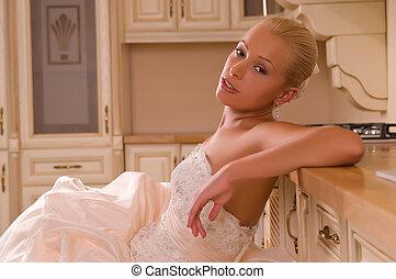 novia, joven, cocina
