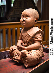 Novice clay - Clay sculpture of a little novice.