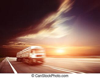 nowoczesny, pół, motion., trucking, amerykanka, wózek, szosa