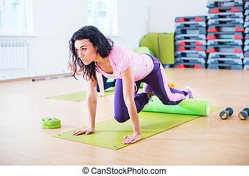 noyau, femme, crise, séance entraînement, exercisme, club., fitness