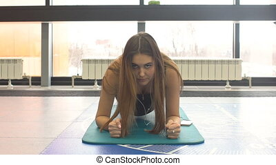 noyau, femme, natte, gymnase, jeune, exercice forme physique