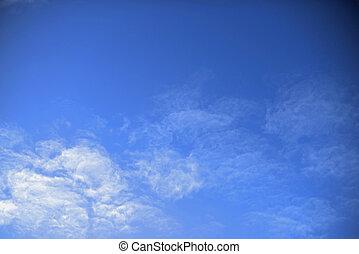 nuages, à, ciel bleu