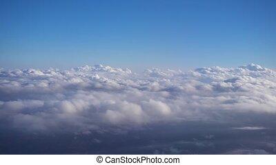 nuages, en mouvement, jeûne