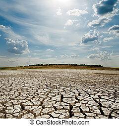nuages, soleil, sur, dramatique, la terre, sécheresse