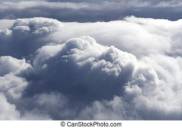 nuages sombres