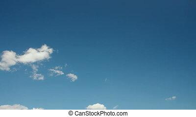 nuages, sur, les, ciel bleu