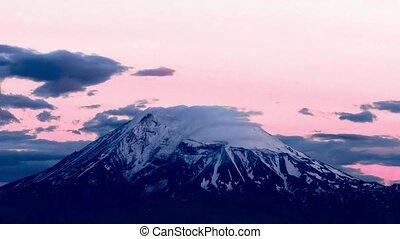 nuages, sur, monter, ararat., arménie, sommet, mouvement