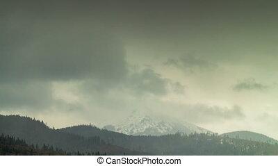 nuages, sur, timelapse, en mouvement, 4k, mountain., sommet