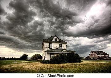 nuages tempête, saskatchewan