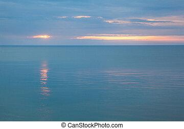 nuageux, mer, matin, calme