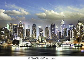 nubes, en, el, noche, ciudad nueva york
