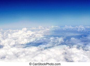 nubi, sopra