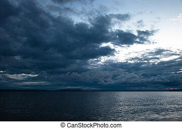 nubi tempestose, lungo, il, costa