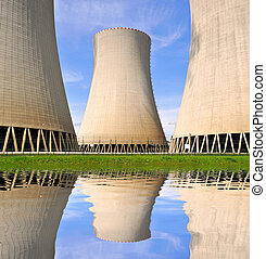 Nuclear power plant mirrored in water level