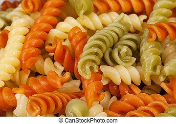 nudelgerichte, gekocht, färbte hintergrund, spirale