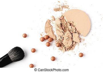 nue, cosmétique, poudre, à, brosse maquillage, isolé, blanc