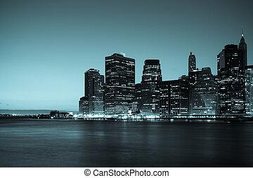 nueva york, -, vista panorámica, de, horizonte de manhattan, por, noche