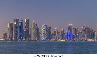 nuit, est, en ville, doha, timelapse, horizon, qatar, milieu...