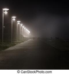 nuit, front mer