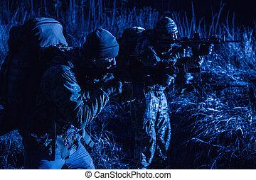 nuit, gardes, soldats, patrouille, armée, frontière