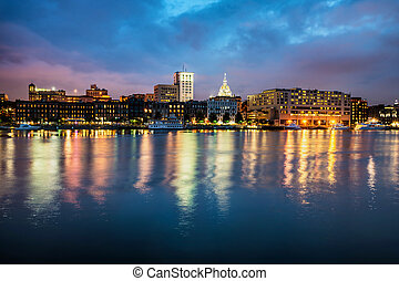 nuit, riverfront, long, savane, en ville, géorgie
