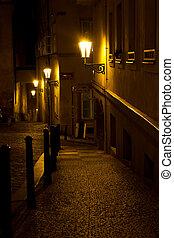 nuit, ruelle, étroit, lanternes, prague
