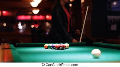nuit, snooker, club, 4k, femme, jouer