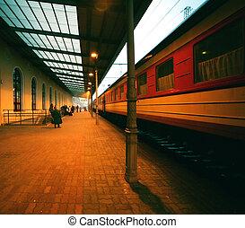 nuit, station