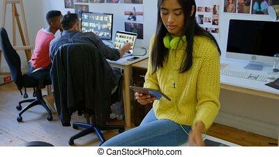 numérique, femme, graphique, utilisation, tablette, 4k, bureau, concepteur