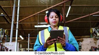 numérique, femme, utilisation, tablette, 4k, ouvrier