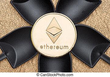 numérique, terrestre, argent., sur, crypto, ethereum, monnaie, noir, pelle, vue, texture, cryptocurrency, rugueux, doré, argent, sommet, exploitation minière