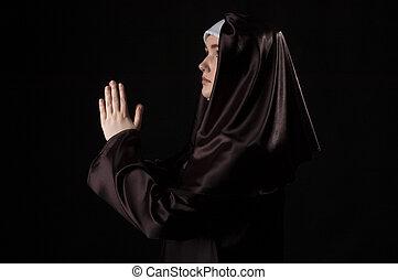 nun., 若い, 魅力的