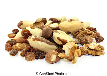 Nut-fruit mixture
