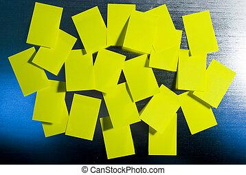 nuta, dużo, żółty