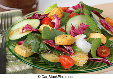 Nutritious Spinach Salad