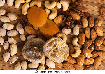 Nuts, fig and dried apricots