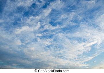nuvens, em, céu azul