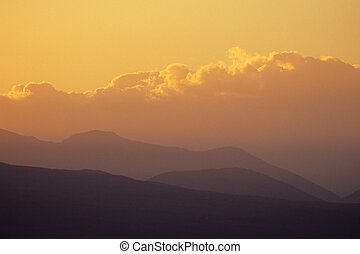 nuvens, montanha, pôr do sol
